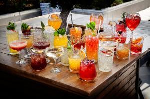 bootleg-cocktailfamily_2